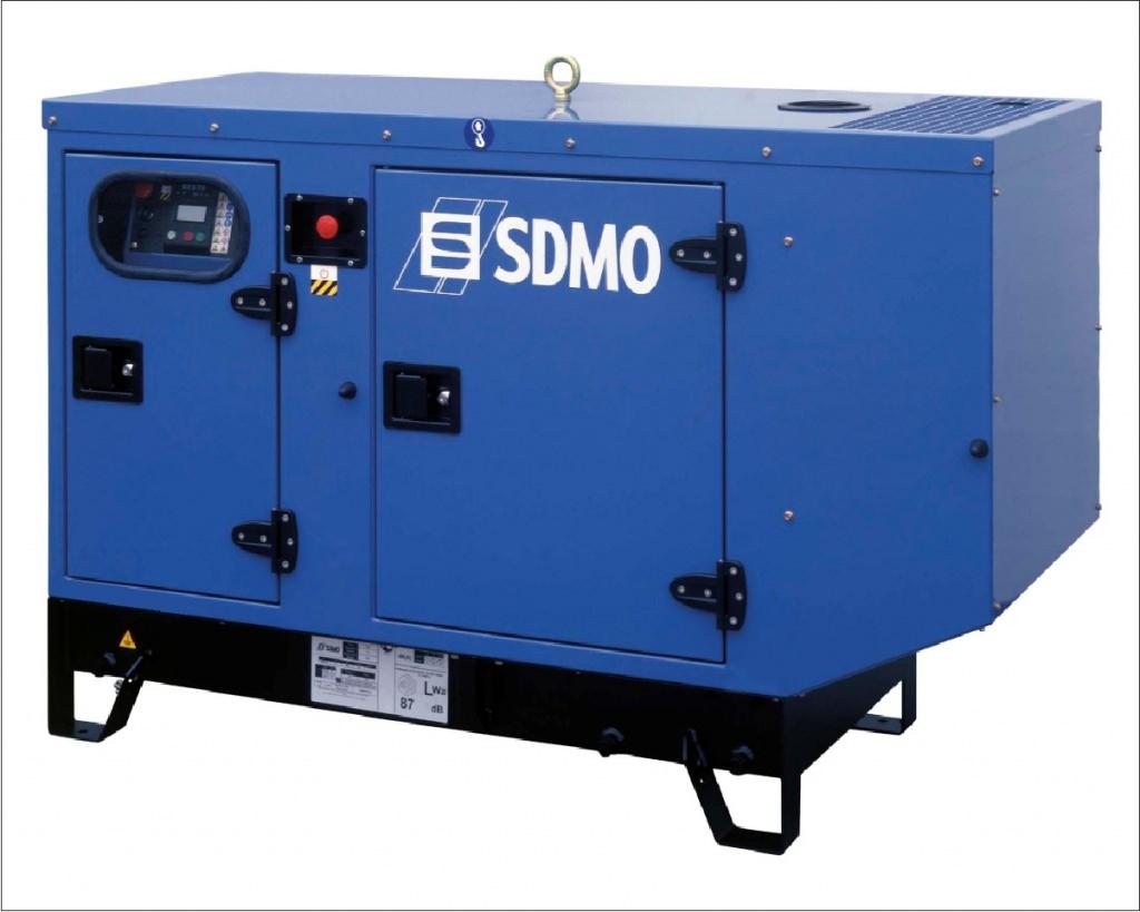 SDMO K12M в кожухе