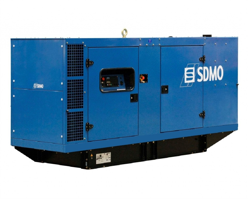SDMO J130K в кожухе