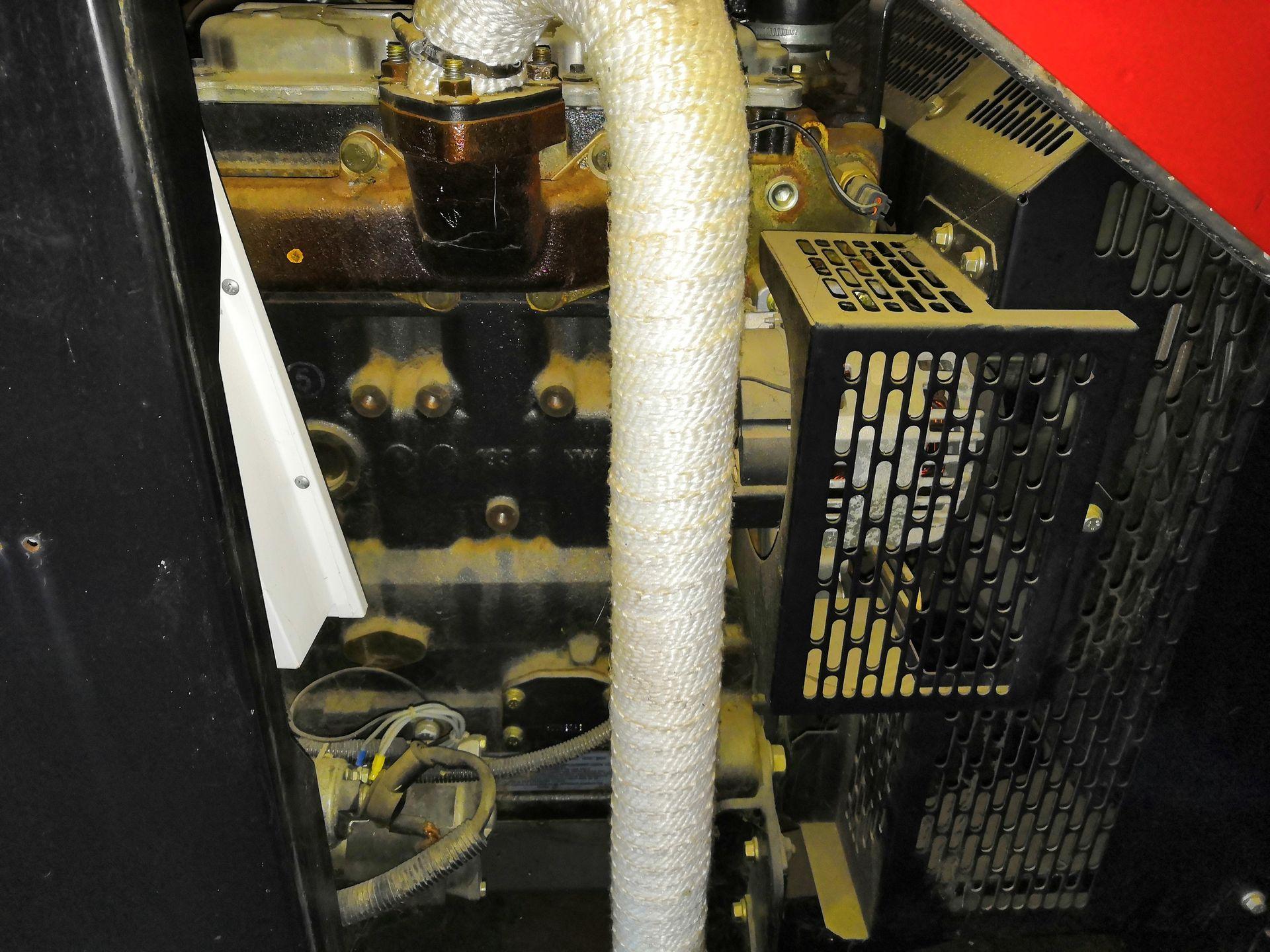 БУ Дизель-генератор MOSA GE 35 PS в кожухе 4